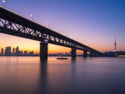 wuhan-yangtze-river-bridge-2975423_1920
