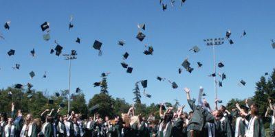 graduation 995042_1920