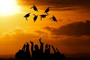 graduation 3649717_1920 1