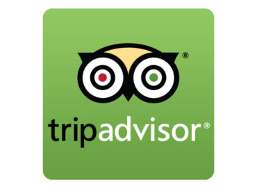 Uses summarization to extract keywords from thousands of hotel reviews